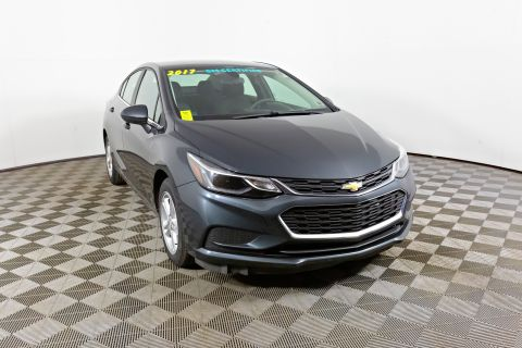 Pre-Owned 2017 CHEVROLET Cruze LT Front Wheel Drive 4dr Car